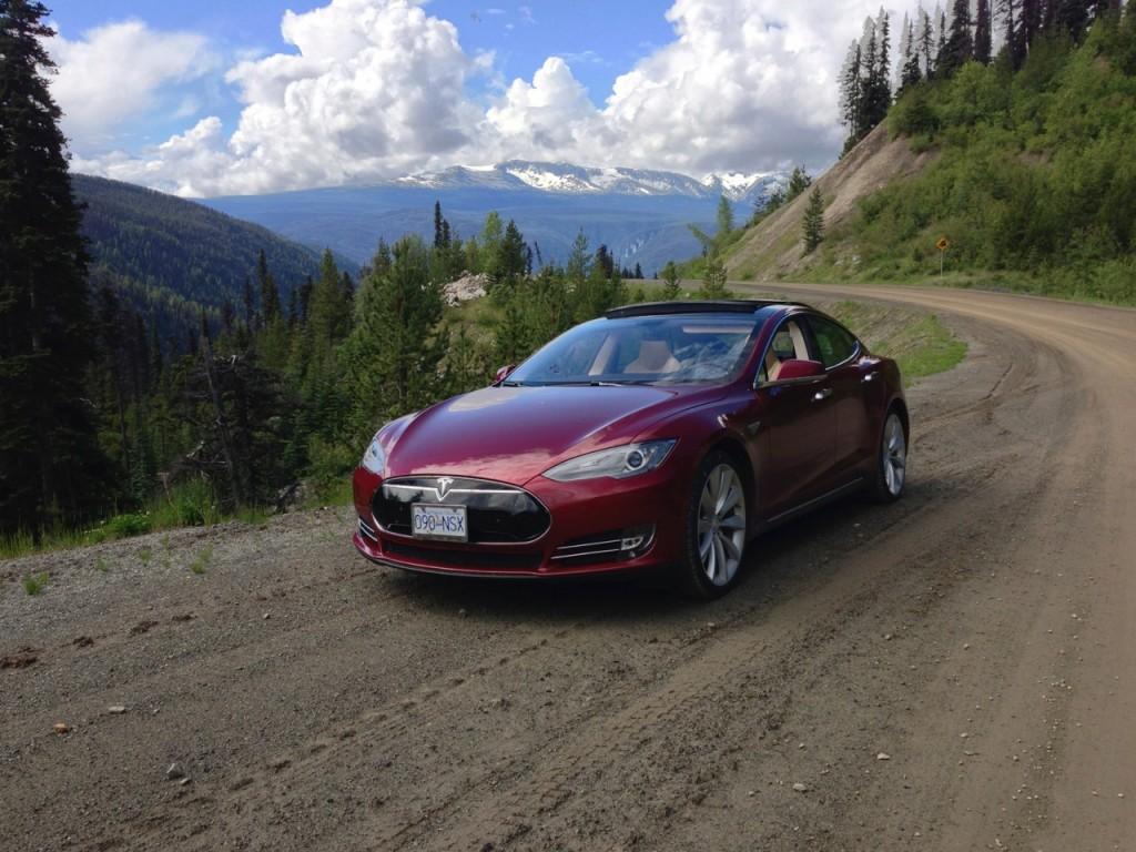 2013 Tesla Model S on Chilcotin Highway, Canada [photo: owner Vincent Argiro]