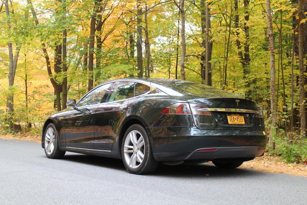 2013 Tesla Model S owned by David Noland, Catskill Mountains, NY, Oct 2015