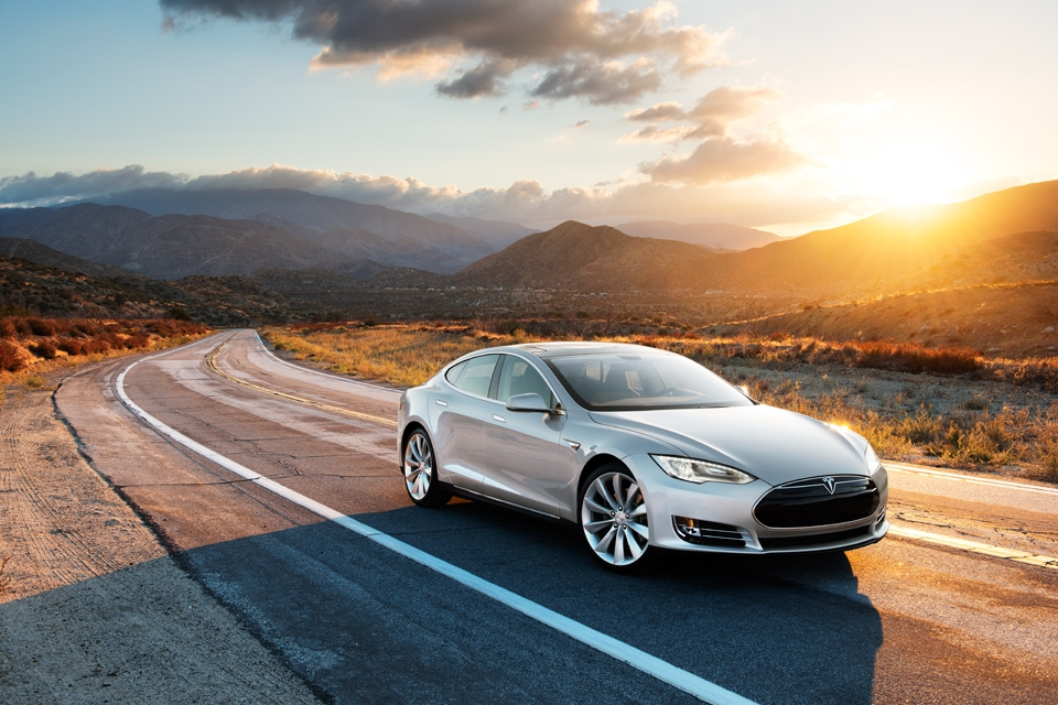 Good News For Missouri's Tesla Fans: Direct-Sales Ban Shelved (For Now)