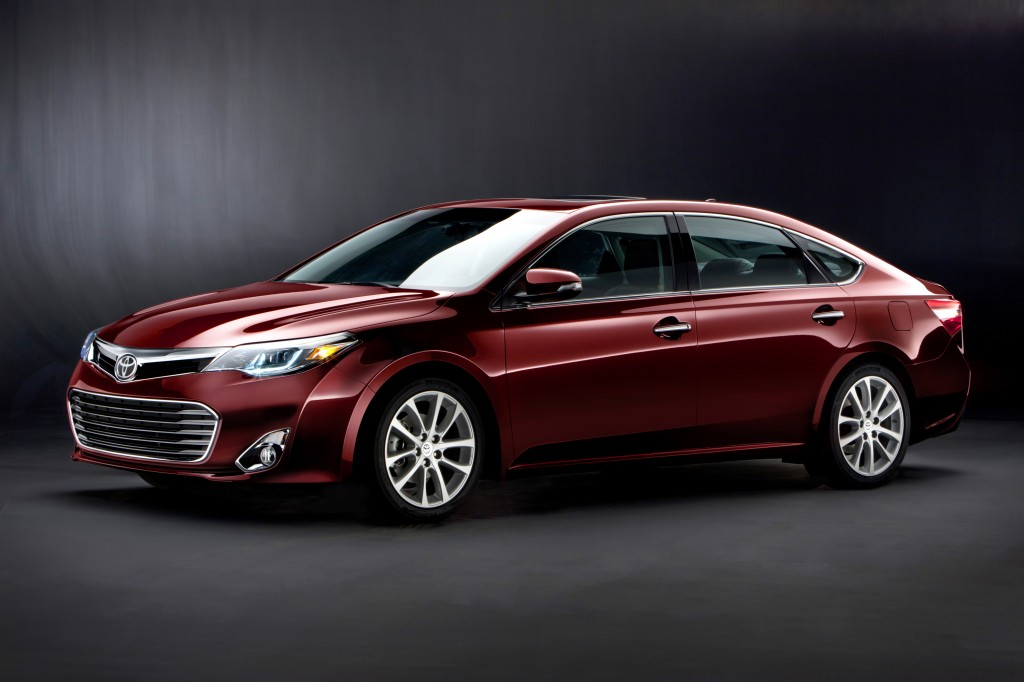 2013 Toyota Avalon Gets More Green, Adds Hybrid Model
