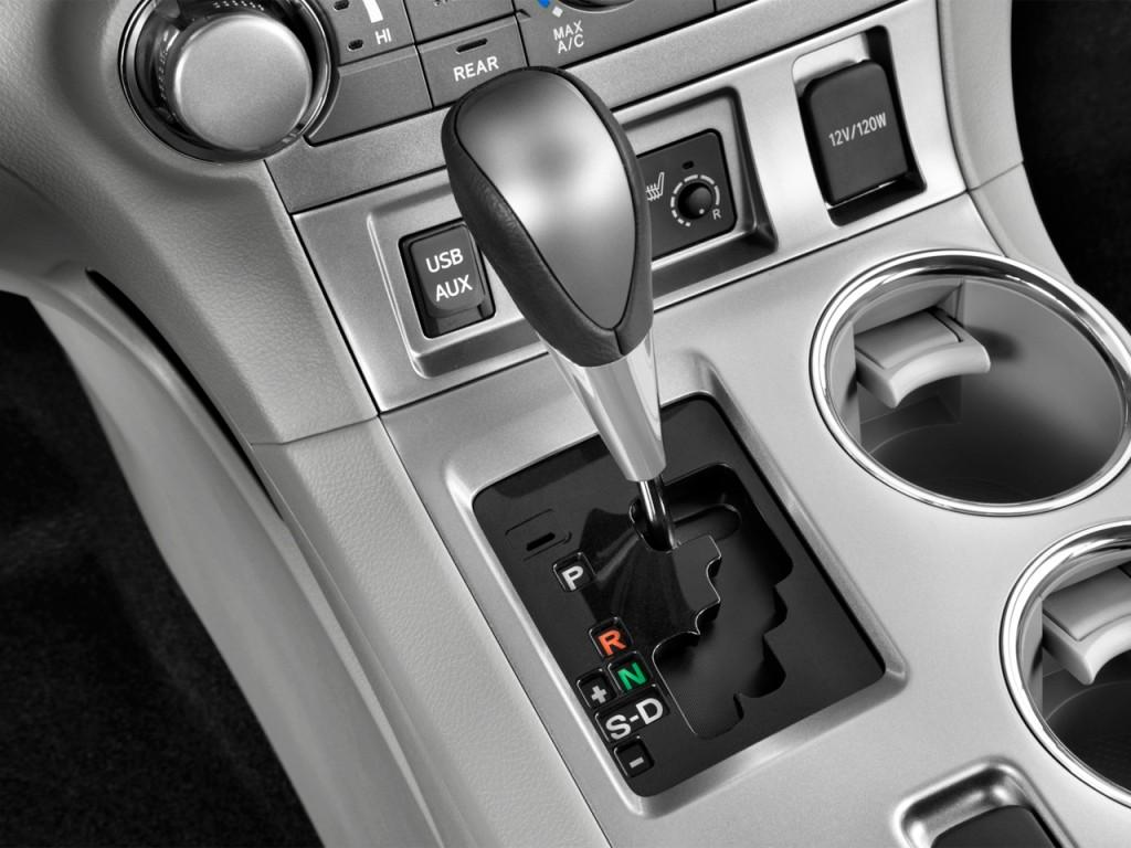 image 2013 toyota highlander fwd 4 door v6 se natl gear shift size 1024 x 768 type gif. Black Bedroom Furniture Sets. Home Design Ideas