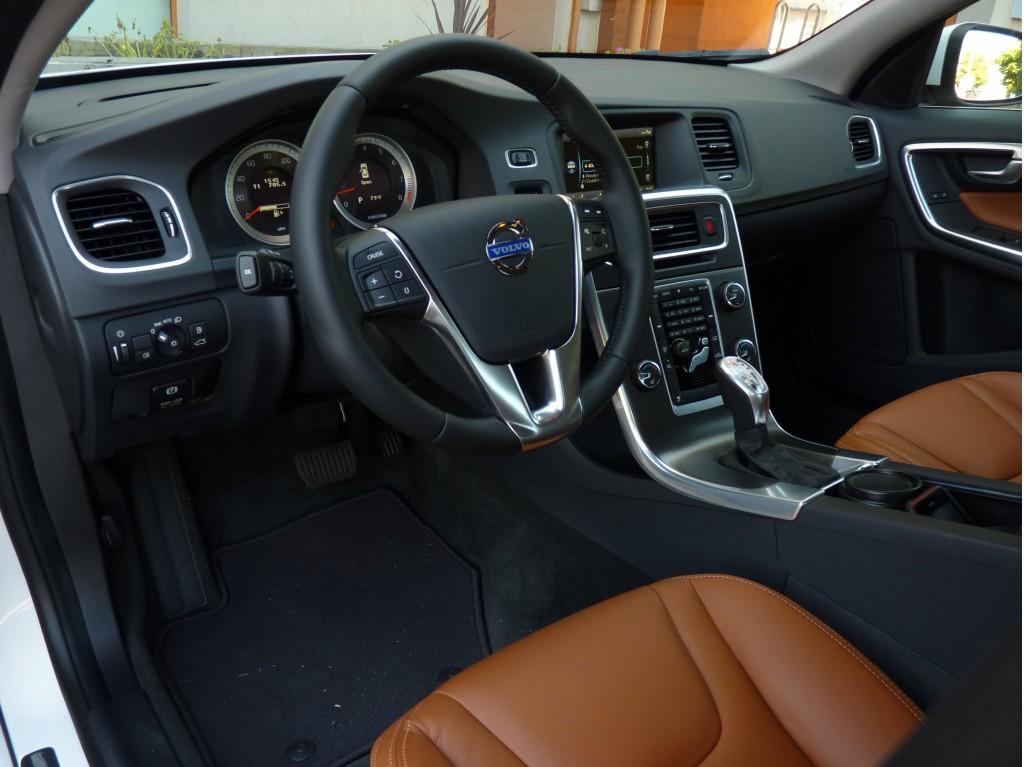 2013 Volvo S60 T5  -  Driven, 9/2012
