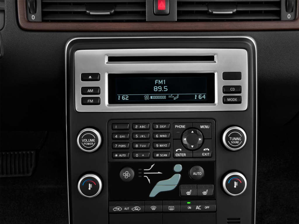 Image 2013 Volvo Xc70 Fwd 4 Door Wagon 3 2l Audio System