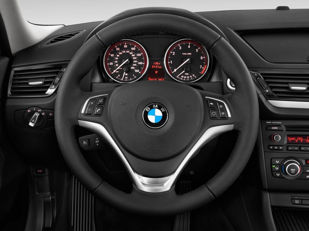 Image 2014 Bmw X1 Rwd 4 Door 28i Steering Wheel Size 1024 X 768 Type Gif Posted On May 16
