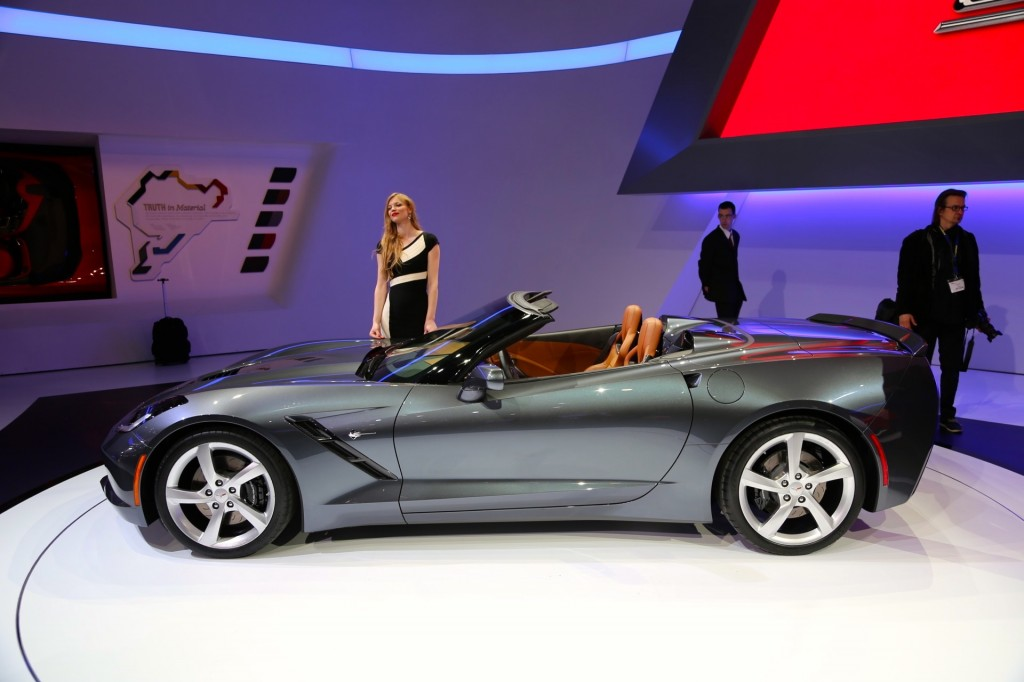 Image 2014 chevrolet corvette stingray convertible 2013 for What does a motor vehicle report show