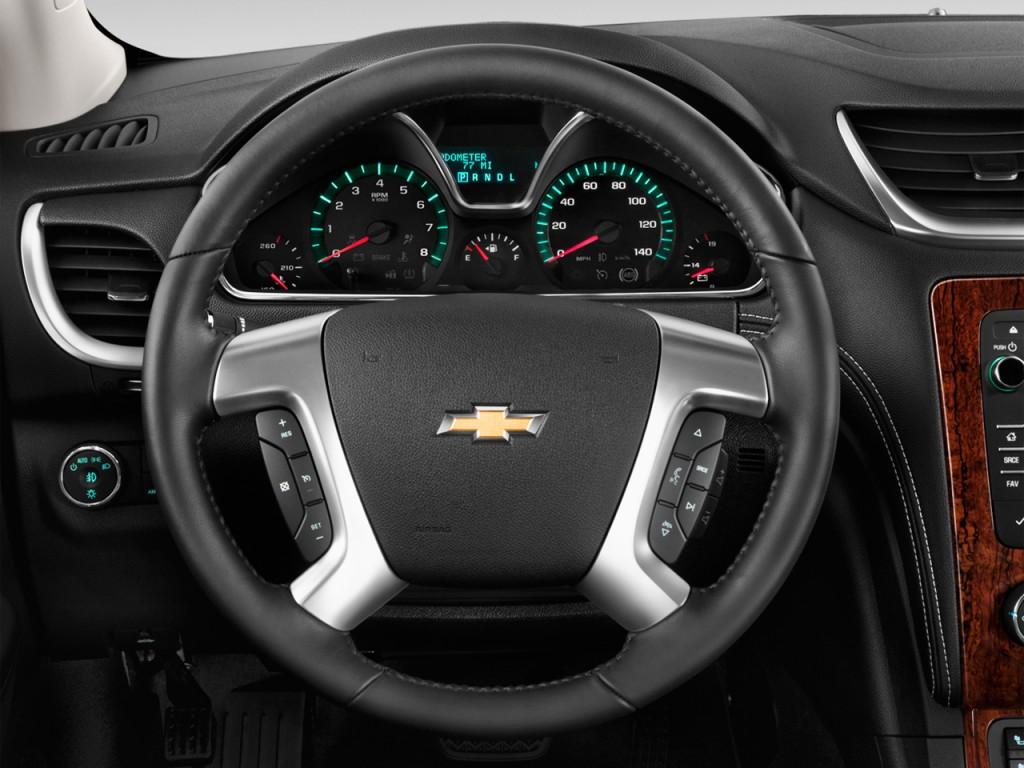 image 2014 chevrolet traverse fwd 4 door lt w 2lt steering wheel size 1024 x 768 type gif. Black Bedroom Furniture Sets. Home Design Ideas