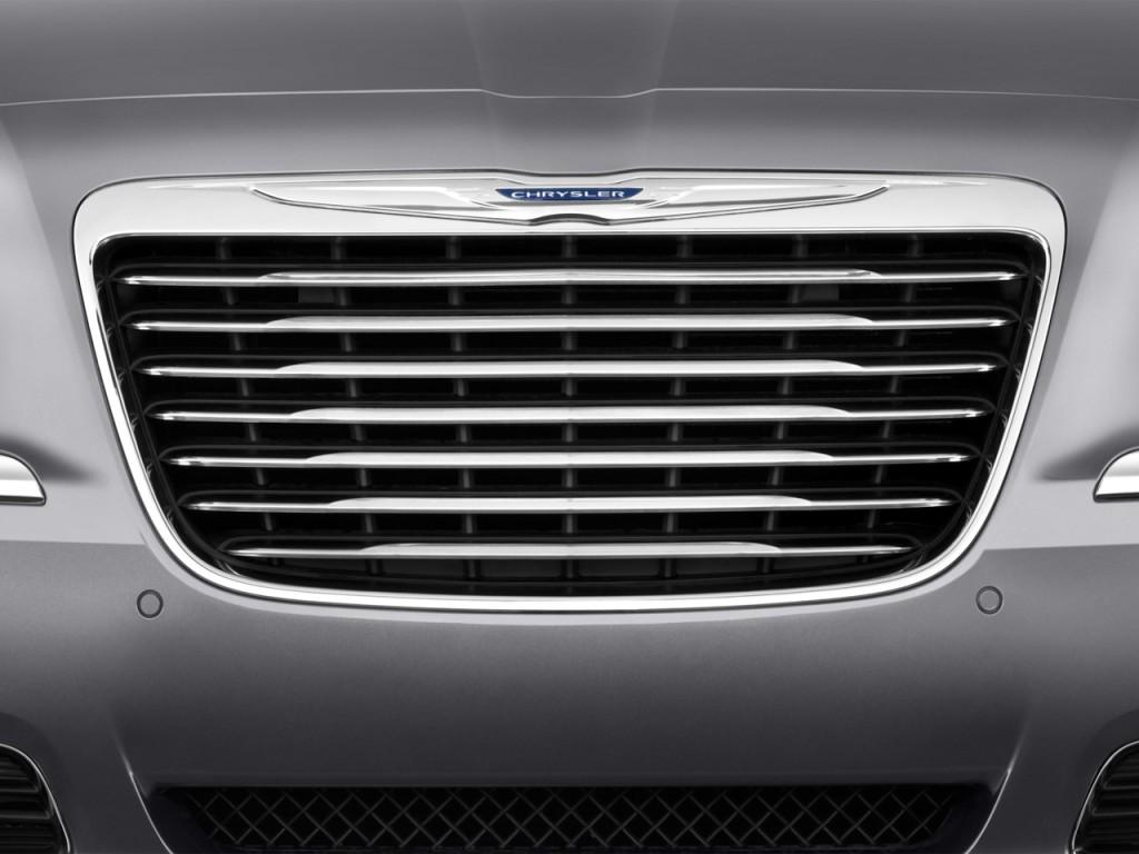 image 2014 chrysler 300 4 door sedan awd grille size 1024 x 768 type gif posted on. Black Bedroom Furniture Sets. Home Design Ideas