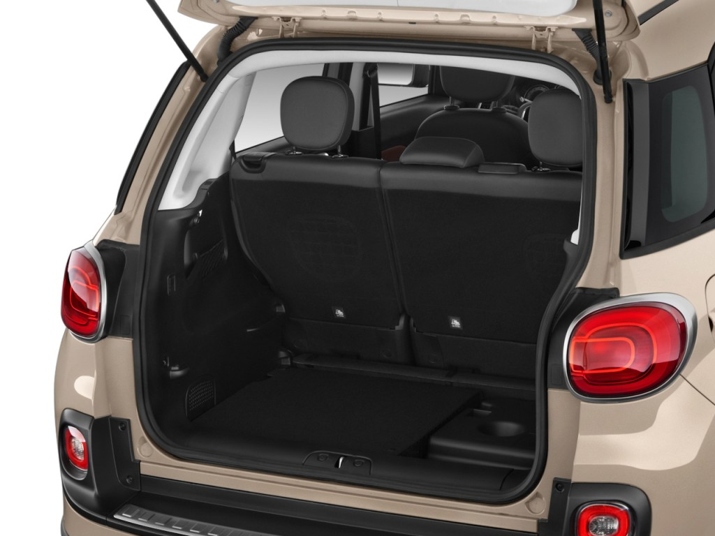 image 2014 fiat 500l 5dr hb trekking trunk size 1024 x 768 type gif posted on november 3. Black Bedroom Furniture Sets. Home Design Ideas