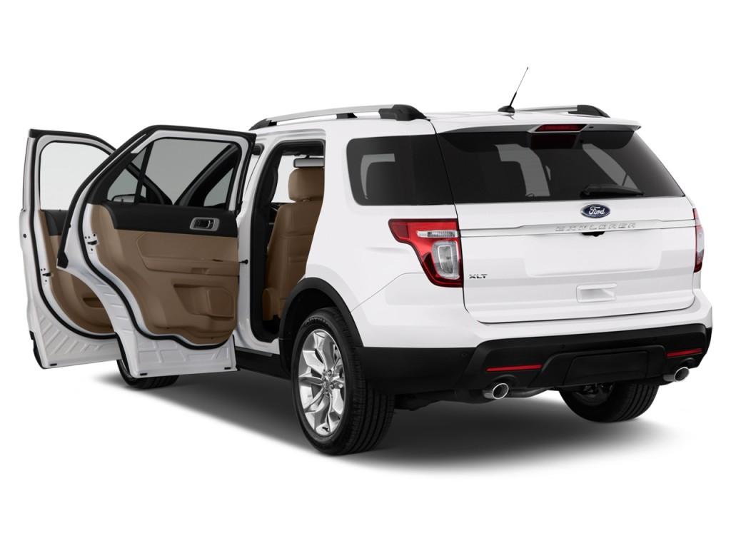 2014 Ford Explorer FWD 4-door XLT Open Doors