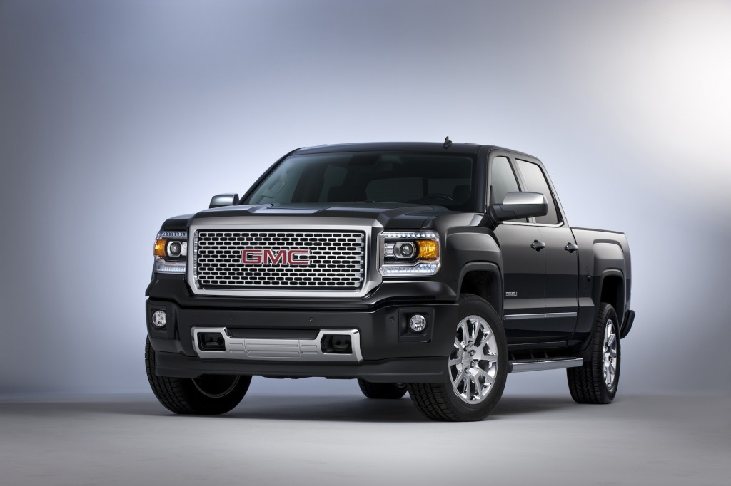 2014 Gmc Sierra Denali Claims Top Towing Of 12 000 Pounds