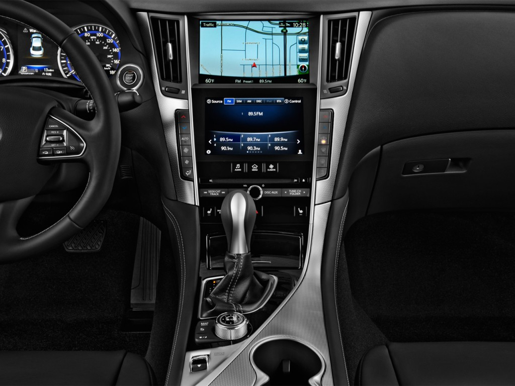 Image: 2014 Infiniti Q50 4-door Sedan RWD Instrument Panel ...