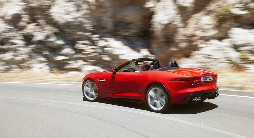 2014 Jaguar F-Type leaked