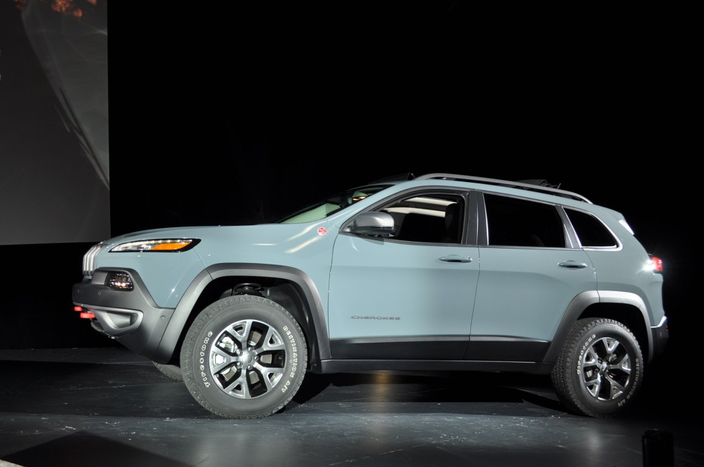 2014 Jeep Cherokee Live Photos