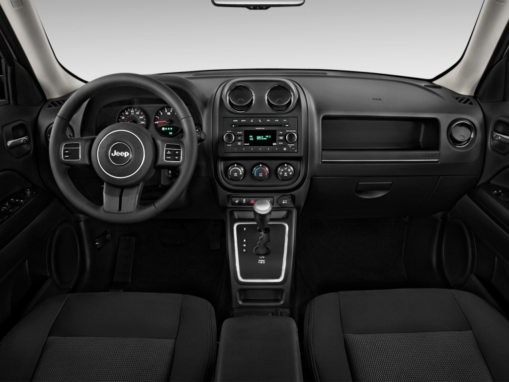 image 2014 jeep patriot fwd 4 door latitude dashboard size 1024 x 768 type gif posted on. Black Bedroom Furniture Sets. Home Design Ideas