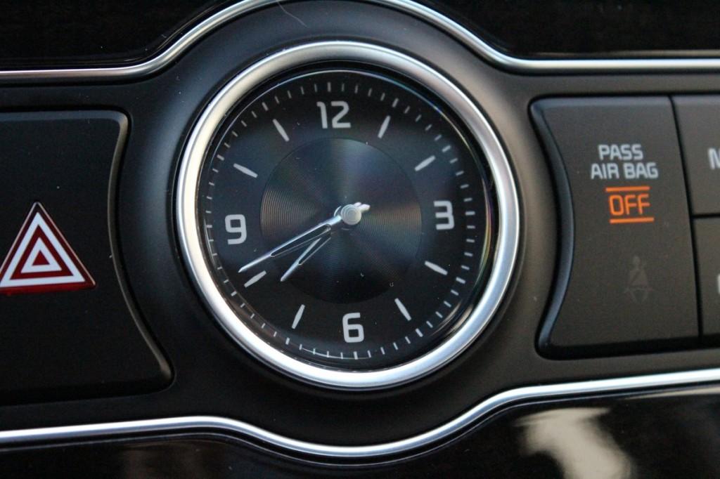2014 Kia Cadenza  -  First Drive, April 2013