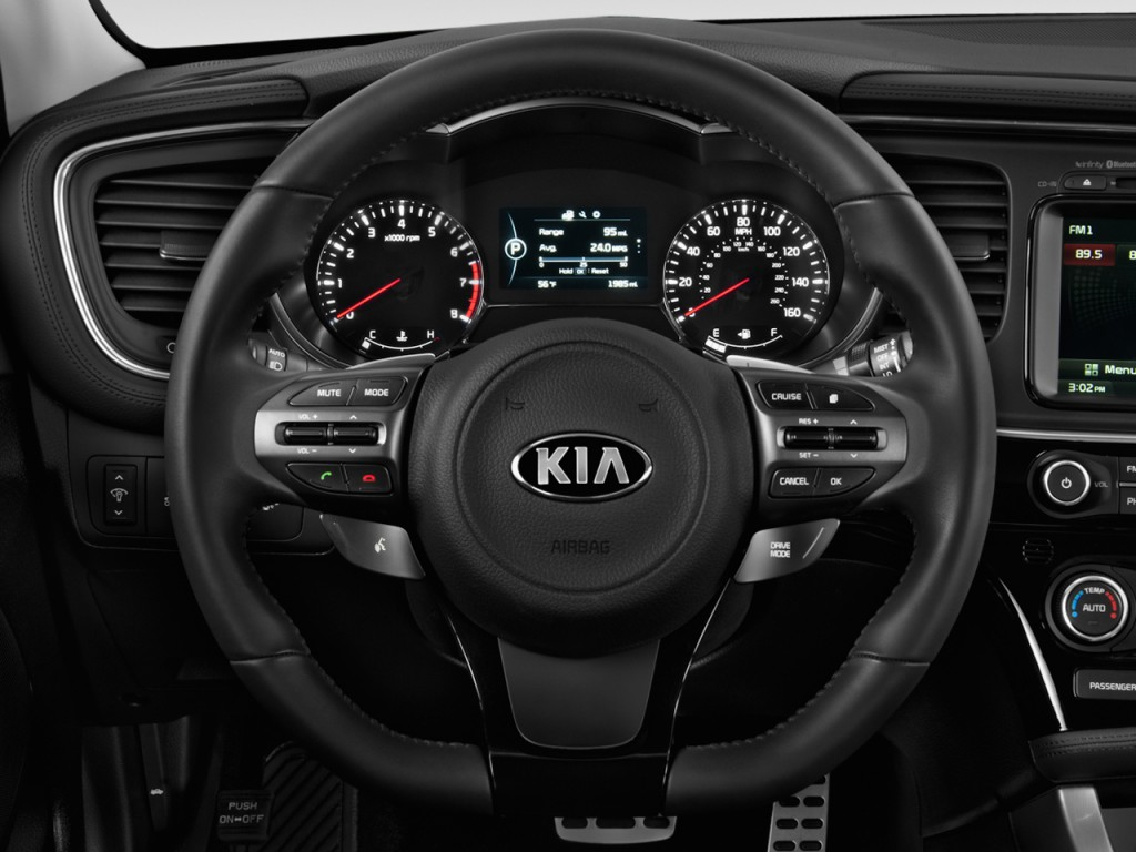 Image: 2014 Kia Optima 4-door Sedan SX Steering Wheel ...