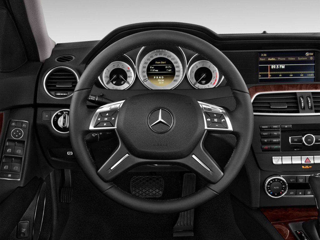 Image 2014 mercedes benz c class 4 door sedan c250 luxury for Mercedes benz c300 tire size