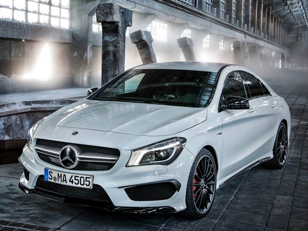 2014 Mercedes-Benz CLA45 AMG leaked photos