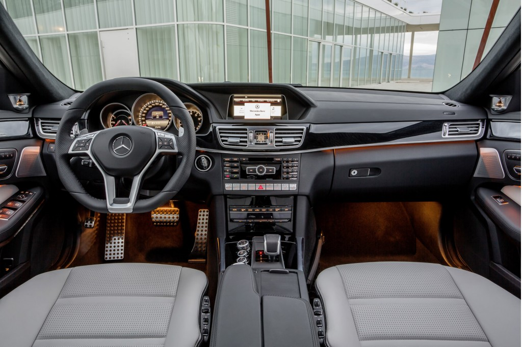 Mercedes E63 AMG S 4MATIC (2013) review