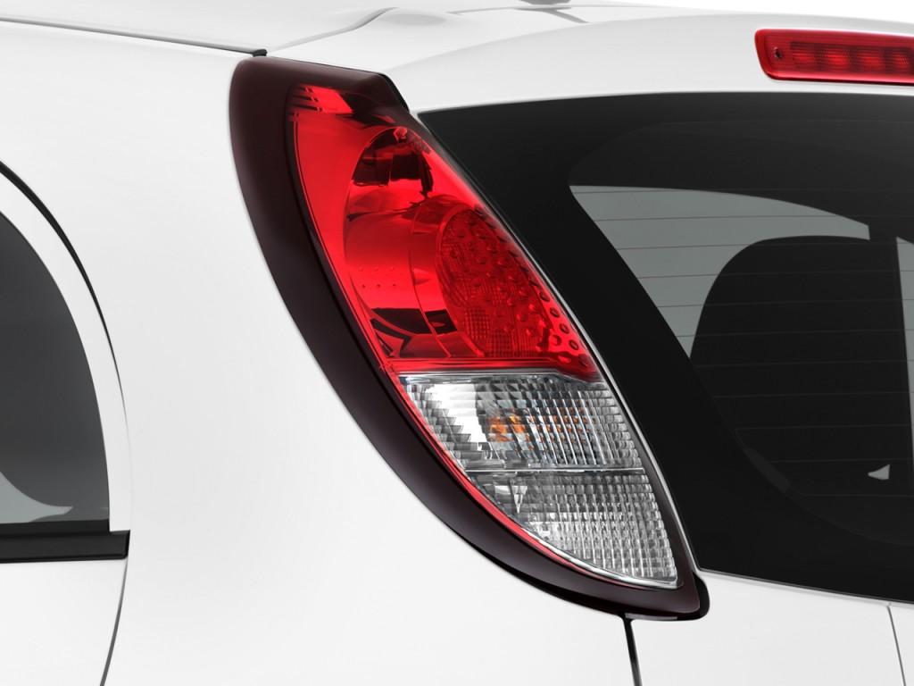 Image 2014 Mitsubishi I Miev 4 Door Hb Es Tail Light