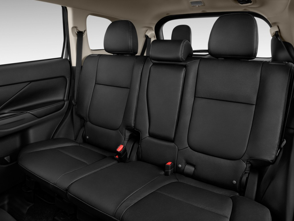 image 2014 mitsubishi outlander 4wd 4 door gt rear seats size 1024 x 768 type gif posted. Black Bedroom Furniture Sets. Home Design Ideas