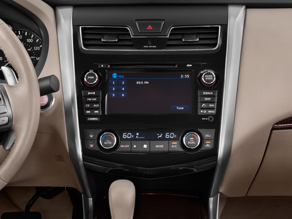 Image: 2014 Nissan Altima 4-door Sedan I4 2.5 SL ...