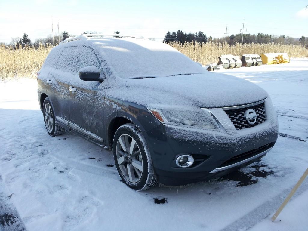 2014 Nissan Pathfinder Hybrid Platinum 4x4, upstate New York, Dec 2013
