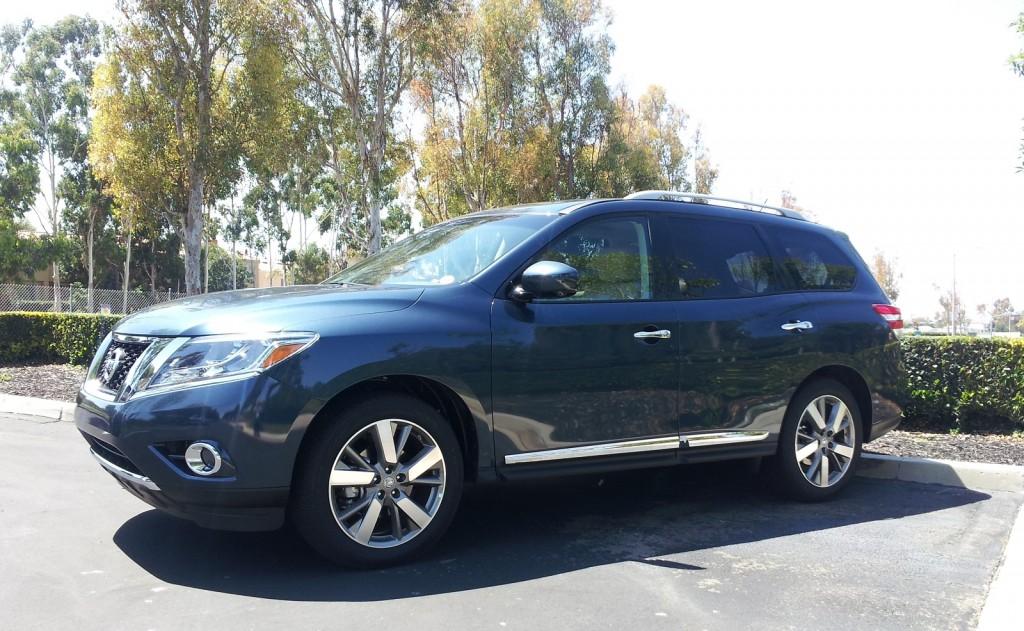 Image: 2014 Nissan Pathfinder Hybrid, Irvine, CA, Aug 2013 ...