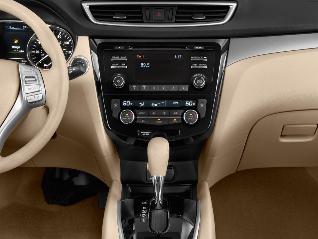 Nissan Rogue Fwd Door Sv Instrument Panel L