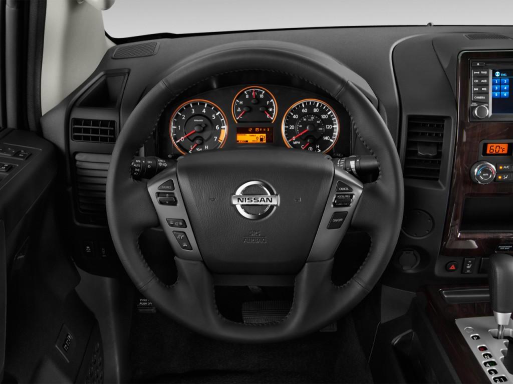 Image: 2014 Nissan Titan 2WD Crew Cab SWB SL Steering ...