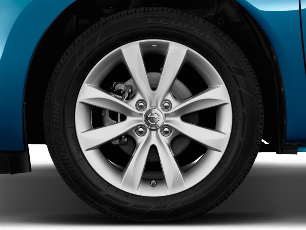 Image: 2014 Nissan Versa Note 5dr HB CVT 1.6 S Plus Wheel ...