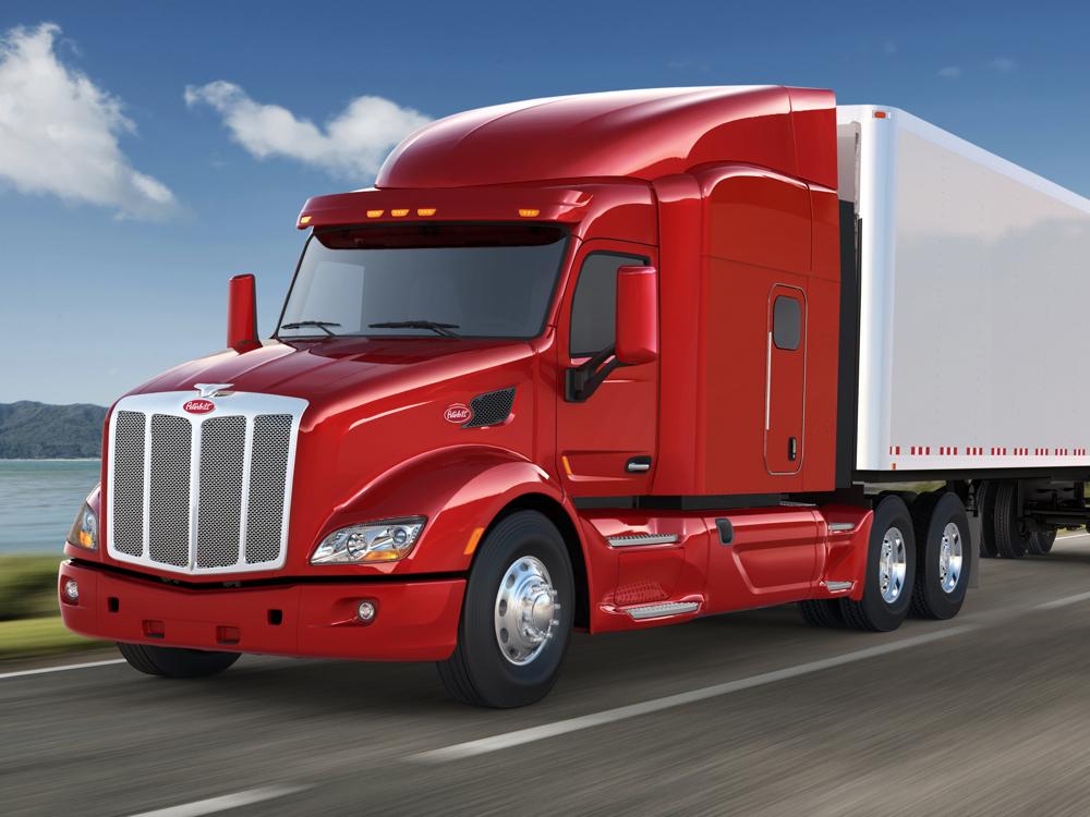 Fleet Operators Favor New Rules For Fuel-Efficient Big Trucks