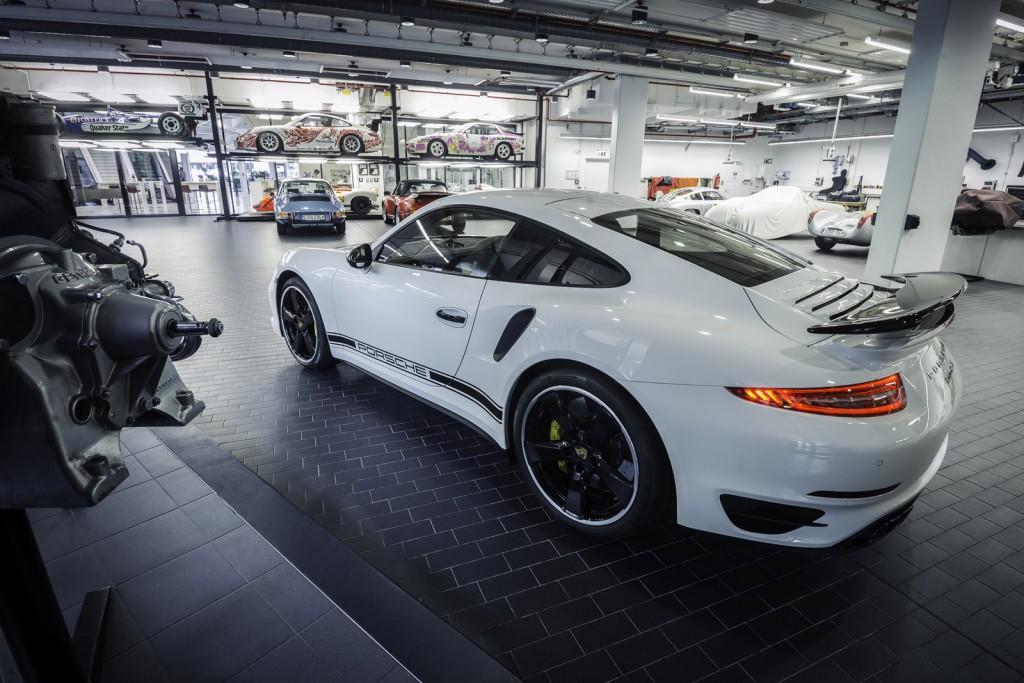 Porsche Exclusive Reveals 911 Turbo S GB Edition