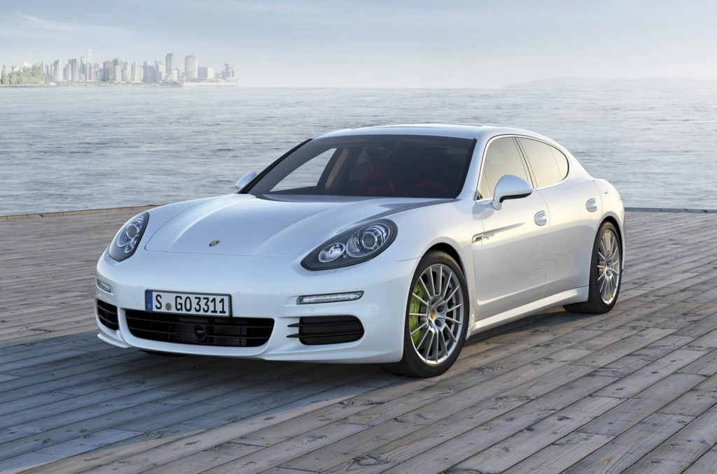 2014 Porsche Panamera leaked images