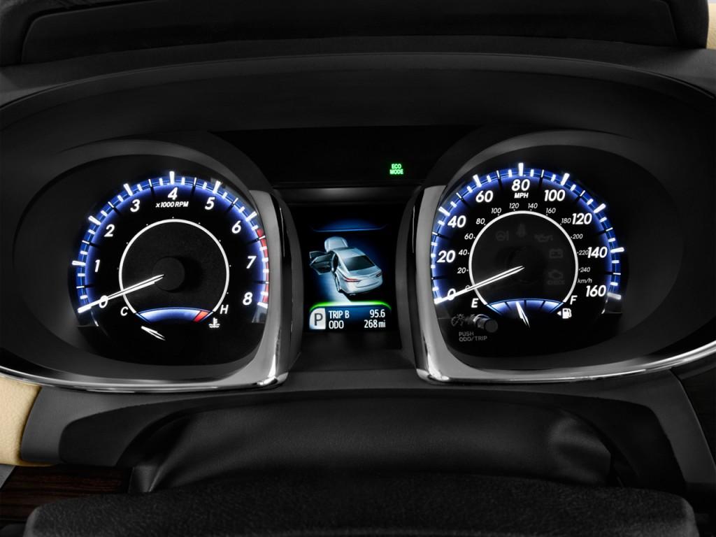 Image 2014 Toyota Avalon 4 Door Sedan Xle Natl