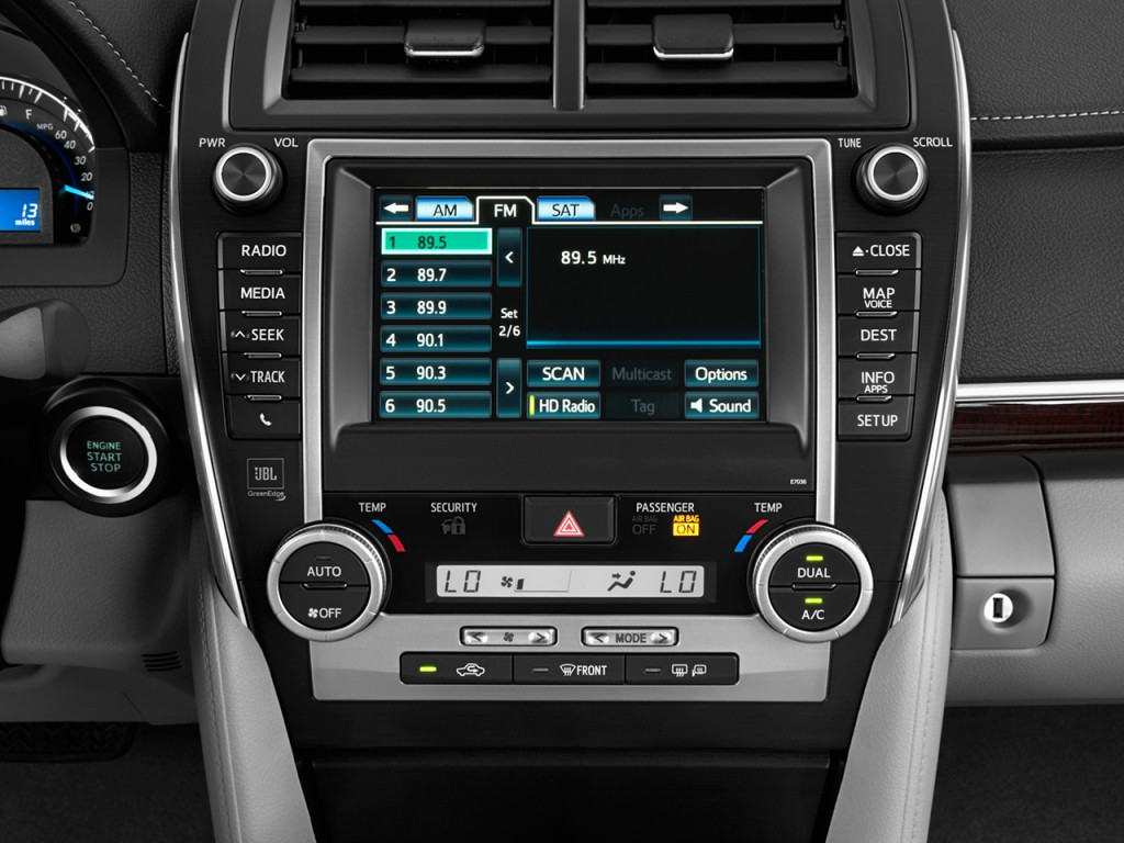 Toyota Camry Door Sedan I Auto Xle Natl Audio System L