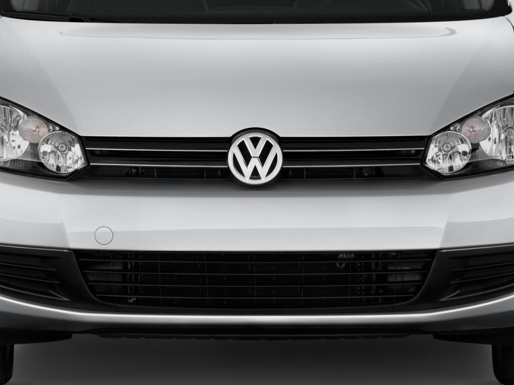 2014 Volkswagen Jetta Sportwagen 4-door DSG TDI Grille