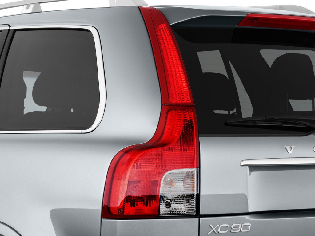 Image: 2014 Volvo XC90 AWD 4-door Tail Light, size: 1024 x ...