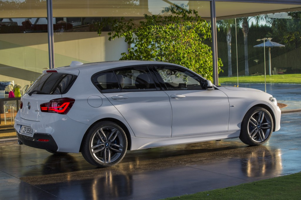 Image BMW Series Hatchback Equipped With M Sport Package - Bmw 1 series 2015