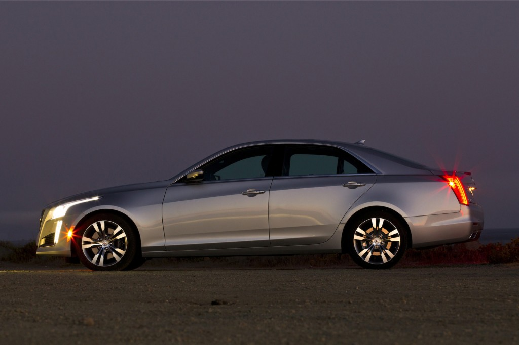 2015 Cadillac Cts Sedan Gets Coupe Face Wireless Charging