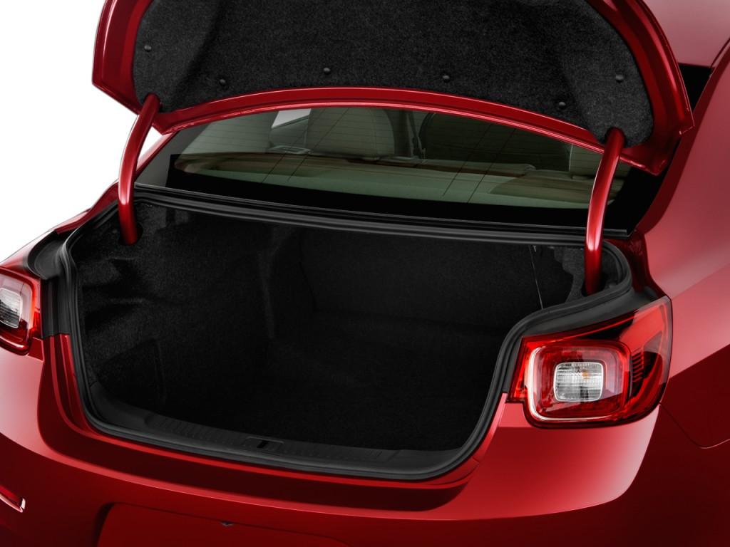 Image 2015 Chevrolet Malibu 4 Door Sedan Ltz W 1lz Trunk