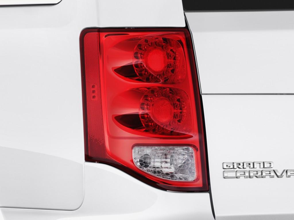 Image 2015 Dodge Grand Caravan 4 Door Wagon Sxt Plus Tail