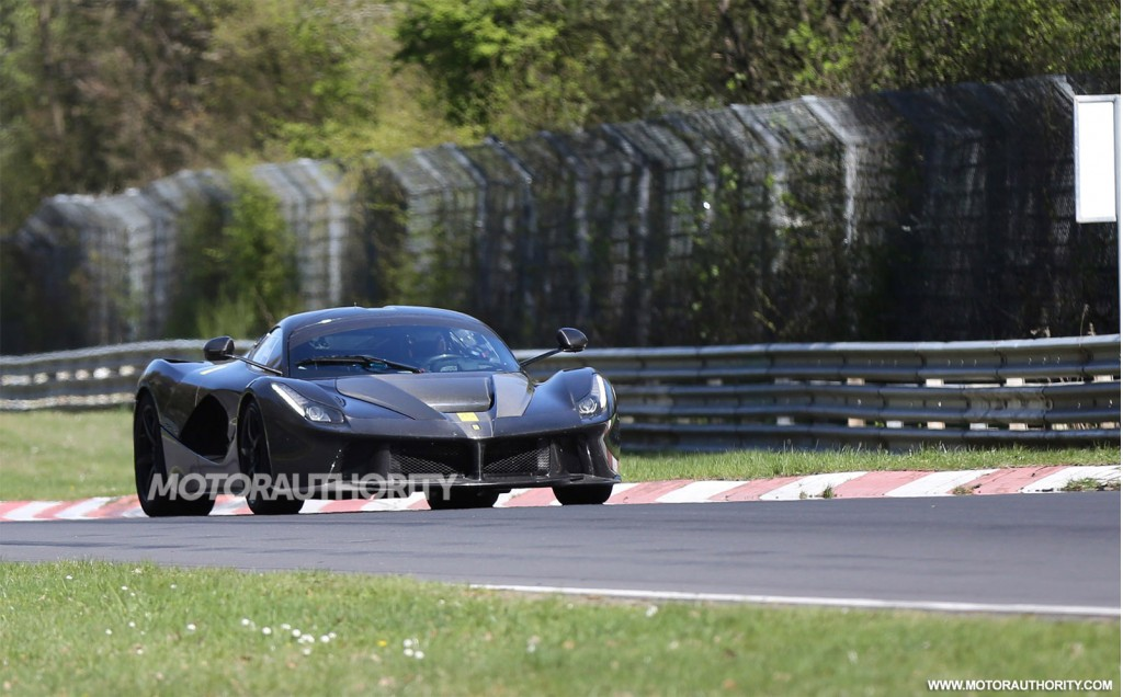 2015 Ferrari LaFerrari XX spy shots
