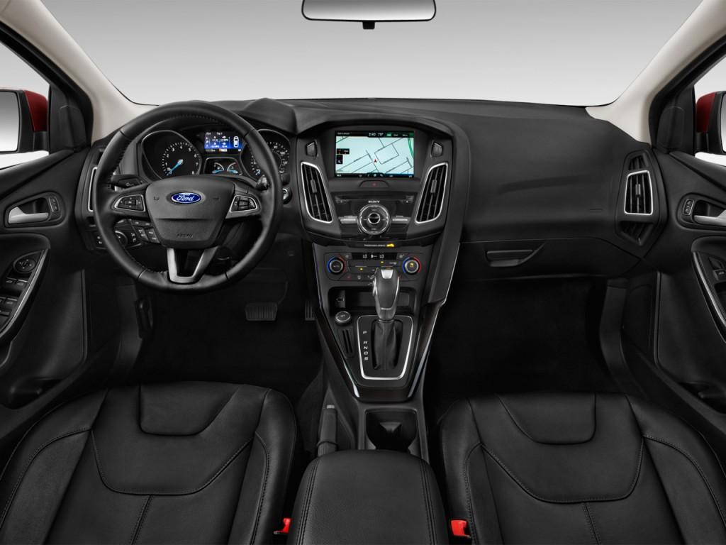 Image: 2015 Ford Focus 5dr HB Titanium Dashboard, size ...