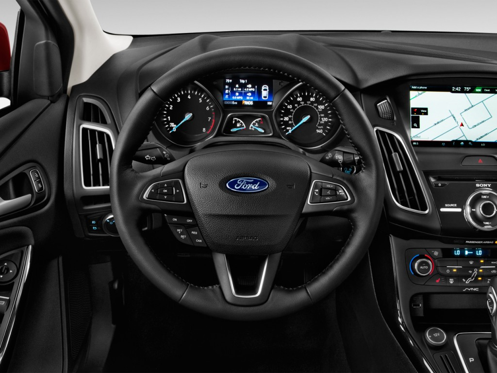Image 2015 Ford Focus 5dr Hb Titanium Steering Wheel