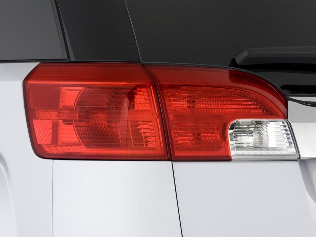 Image: 2015 GMC Terrain FWD 4-door SLE w/SLE-2 Tail Light ...