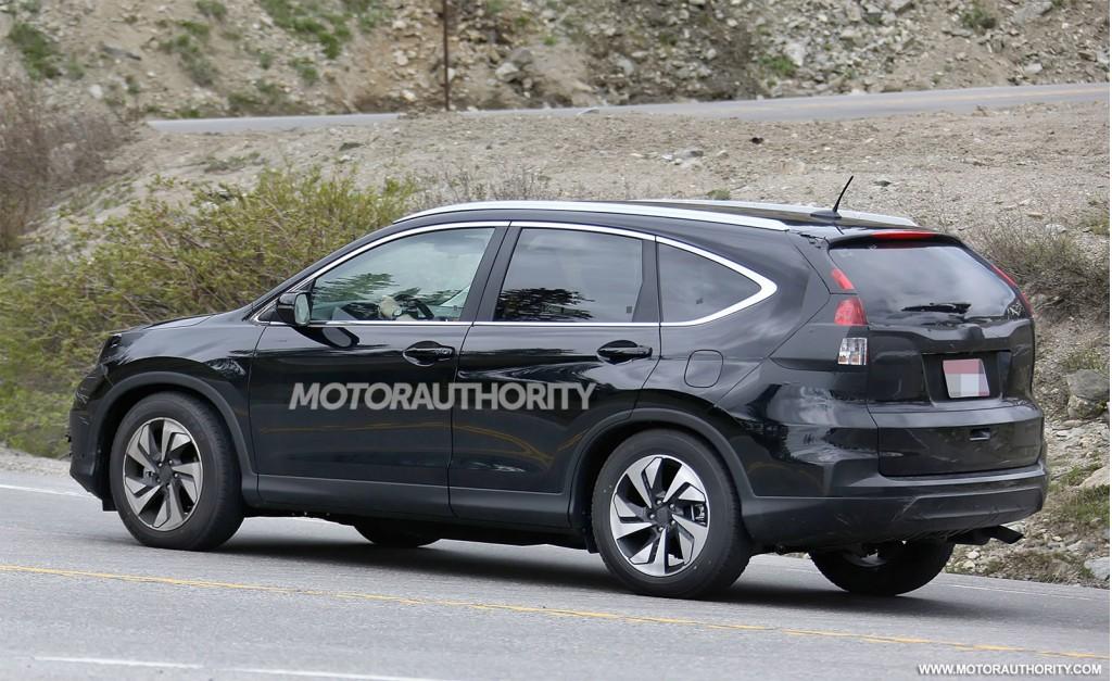 2015 Honda CR-V facelift spy shots