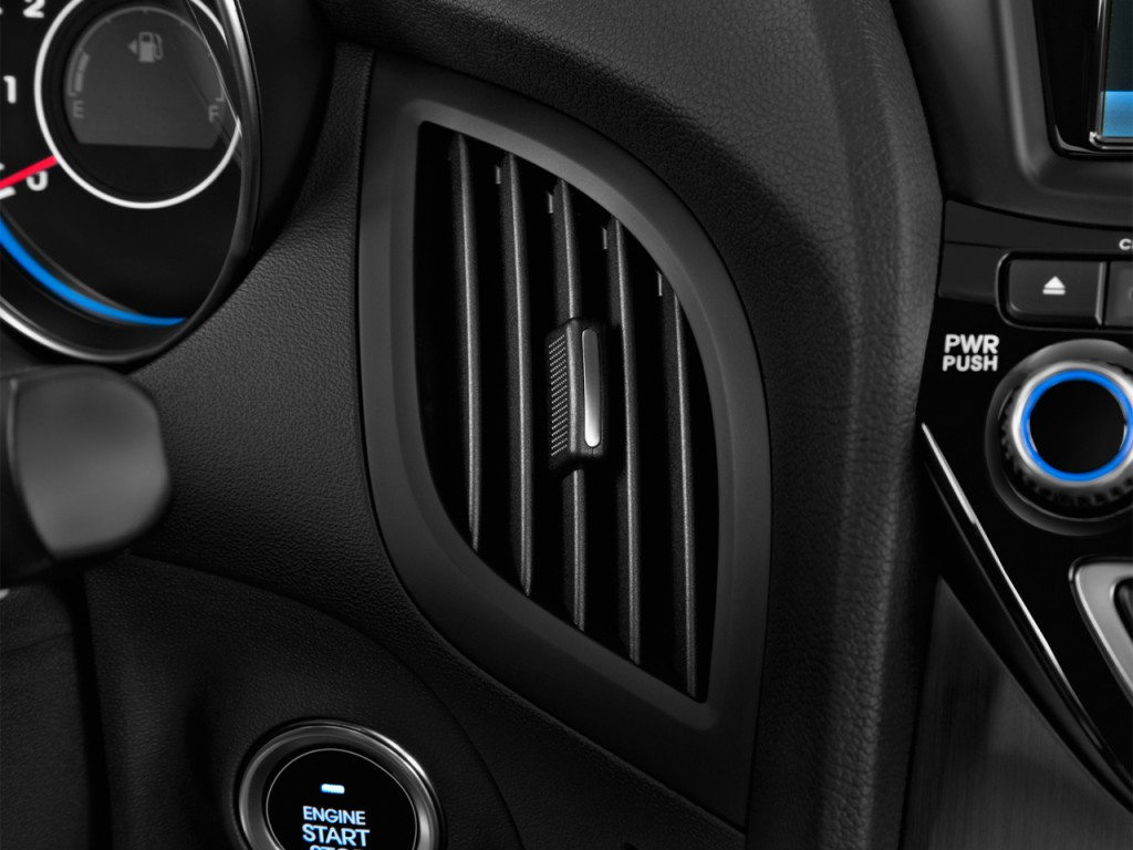 image 2015 hyundai genesis coupe 2 door 3 8l auto base w black seats air vents size 1024 x. Black Bedroom Furniture Sets. Home Design Ideas