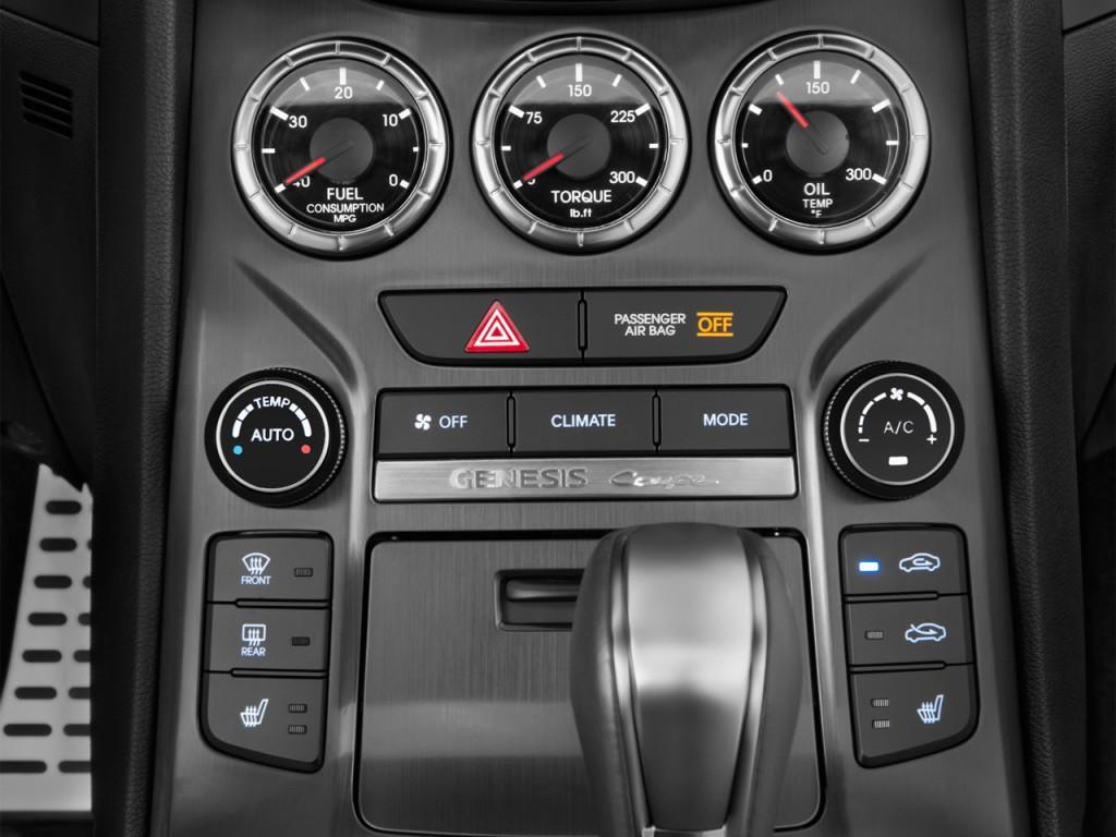 image 2015 hyundai genesis coupe 2 door 3 8l auto base w black seats temperature controls size. Black Bedroom Furniture Sets. Home Design Ideas