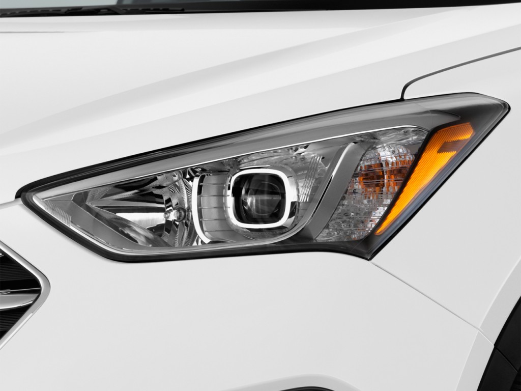 Image 2015 Hyundai Santa Fe Fwd 4 Door Gls Headlight